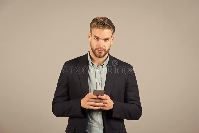 可以我有您的数字 相识和调情的人 在电话前度过少量分钟会集自己 怎么起动交谈 免版税库存照片