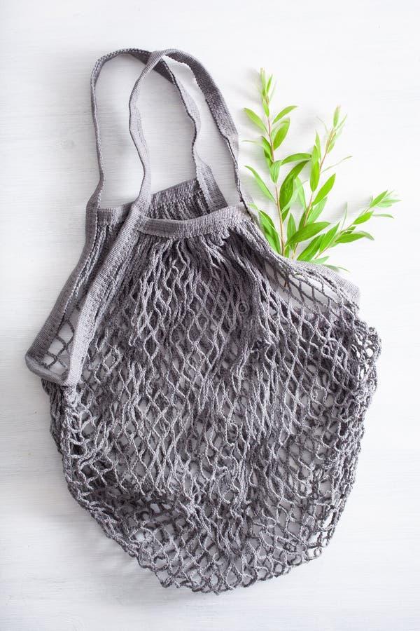 可再用的滤网棉花购物带来,塑料自由零的废概念 免版税库存图片