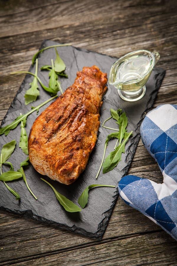Download 可口被烘烤的猪肉 库存照片. 图片 包括有 烹调, 油煎, 腰部, 剪切, 可口, 用餐, 理发店, 猪肉 - 62535726