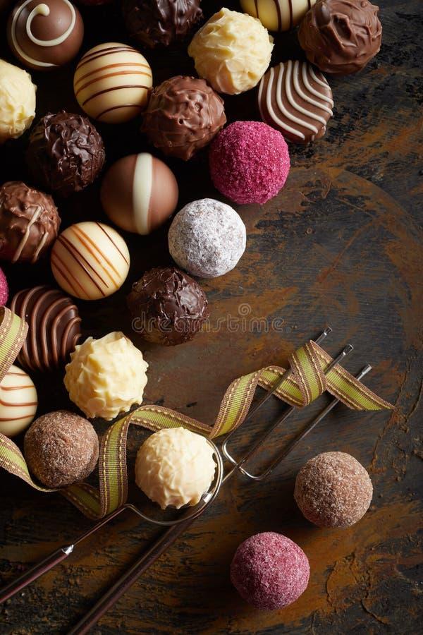 可口食家手工制造巧克力品种  免版税图库摄影