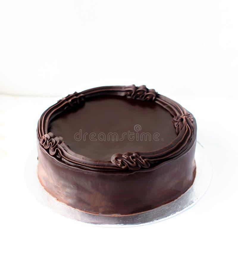 可口黑暗的巧克力蛋糕 免版税库存图片