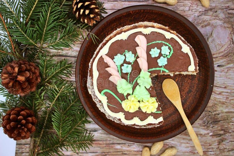 可口,用奶油蛋糕装饰 传统乌克兰基辅蛋糕 免版税图库摄影