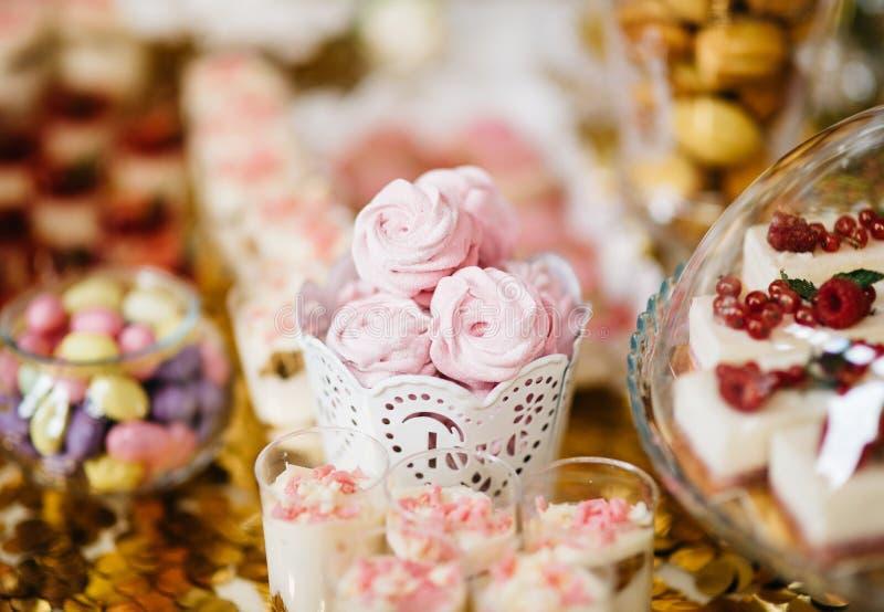 可口结婚宴会棒棒糖 免版税库存图片