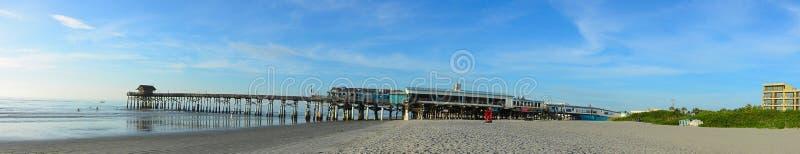 可可粉海滩码头 免版税库存图片