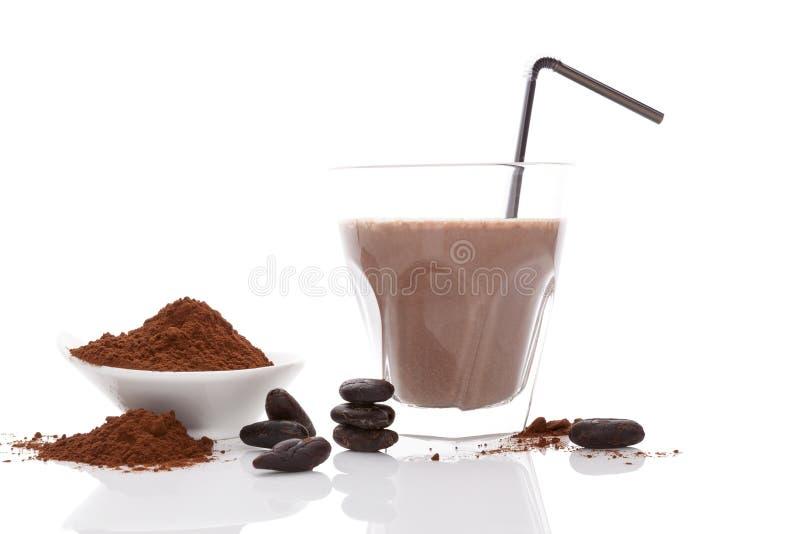 可可粉饮料、豆和粉末 库存图片