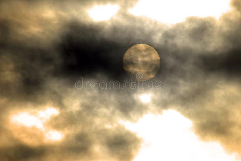 可怕coudy黑暗的晚上一 库存图片