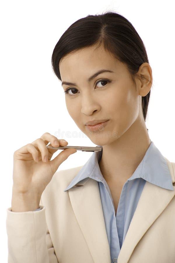 可爱的亚裔妇女特写镜头画象  库存照片