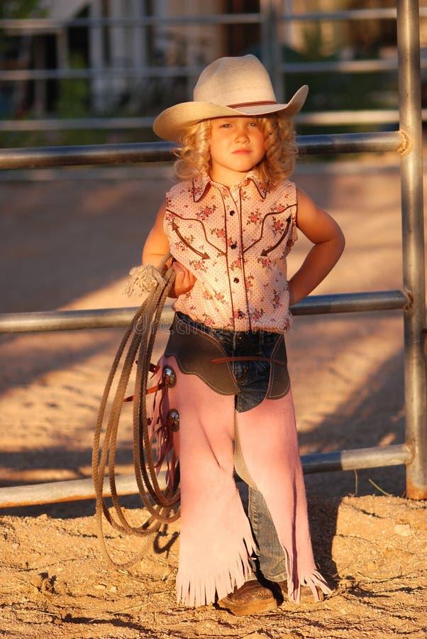 可爱的女牛仔一点 免版税库存图片