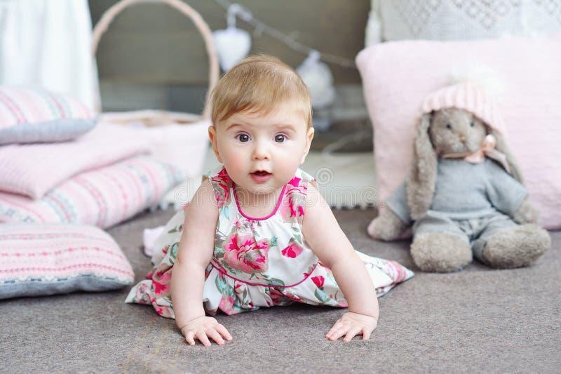 可爱的女婴纵向 免版税图库摄影