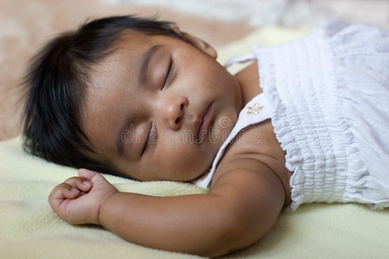 可爱的婴孩印第安休眠 图库摄影