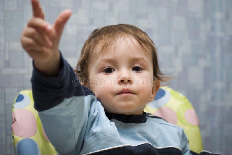 Download 可爱的男婴 库存图片. 图片 包括有 愉快, 目录, 人员, 现有量, 宝贝, 查找, 照相机, 户内, 系列 - 22358677
