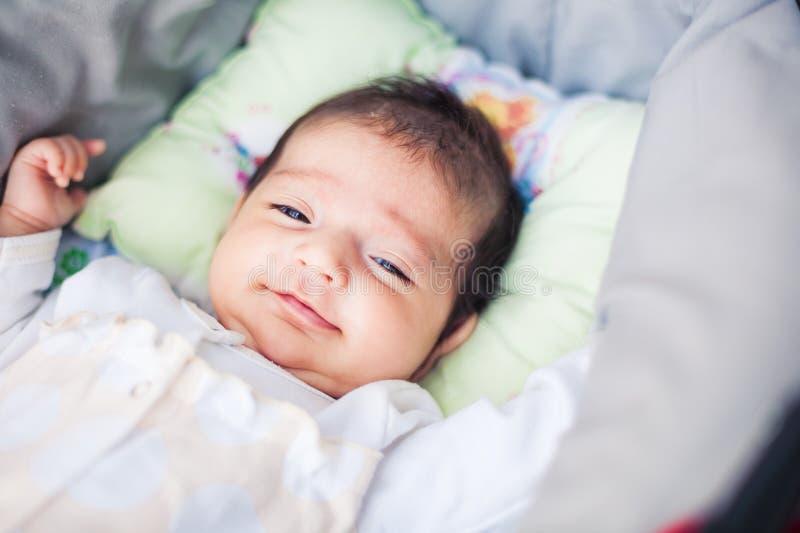 可爱的美丽的新出生的婴孩 图库摄影