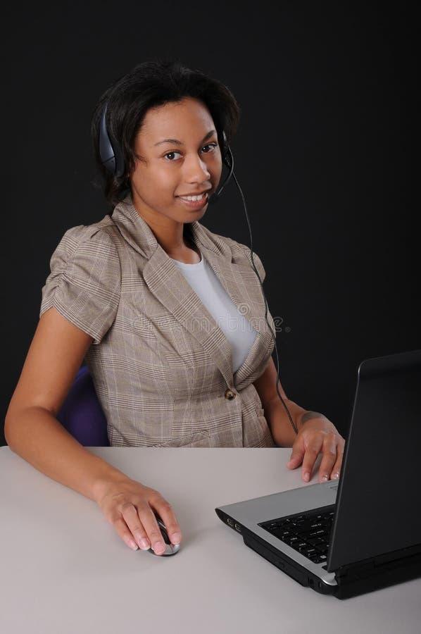 可爱的黑人女商人 库存图片