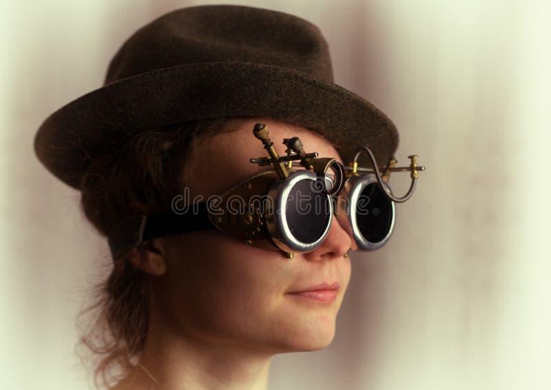 可爱的steampunk女孩画象  免版税库存图片