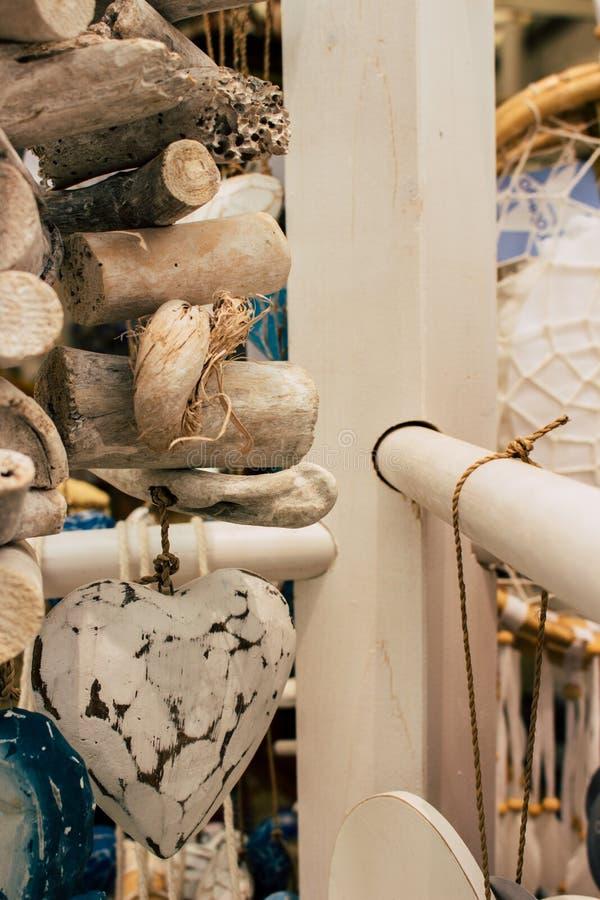 可用所有的旁做多数牡蛎手段贝壳界面纪念品海星夏天他们vare木头 库存照片