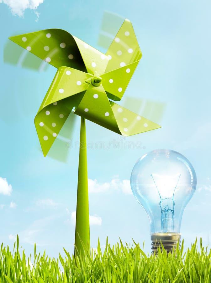 可更新的eco友好的风力能量的概念性图象 库存图片