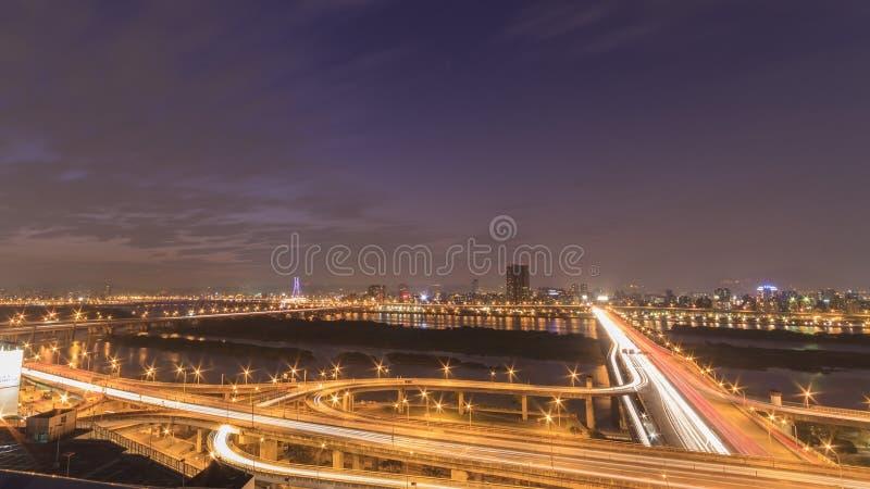 台北都市风景日落鸟瞰图  免版税库存图片
