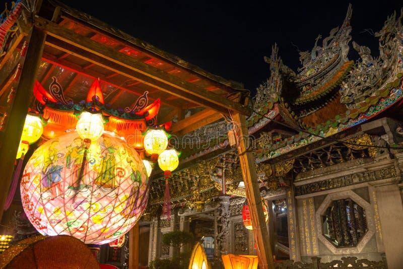 台北/台湾25 03 2018年:在Baoan寺庙的光在台北 库存照片