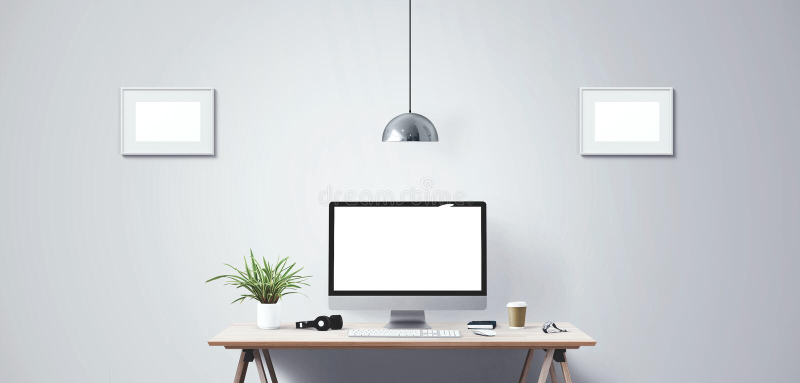 台式计算机屏幕 现代创造性的工作区背景 正面图 免版税库存照片