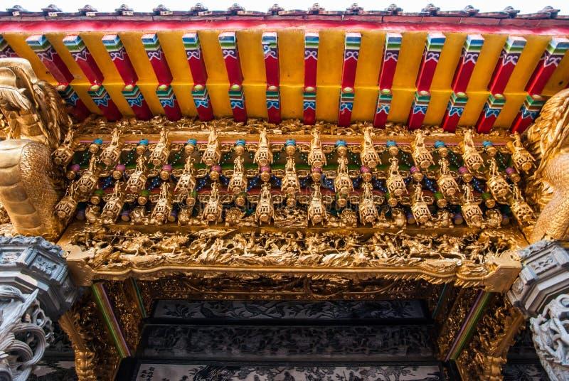 台湾寺庙门入口的顶部  免版税库存图片