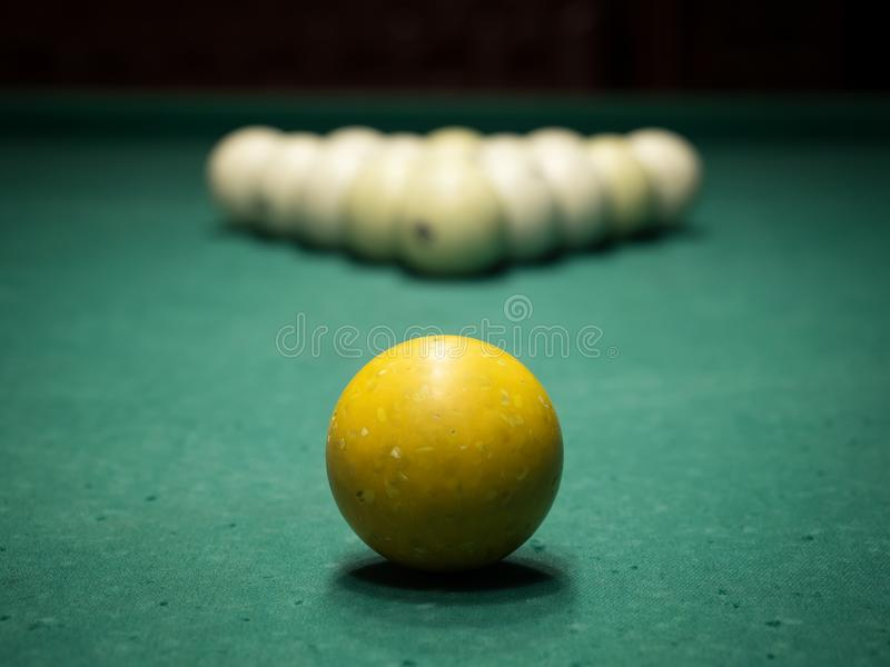 台球被获取的公司趣味游戏s 免版税图库摄影