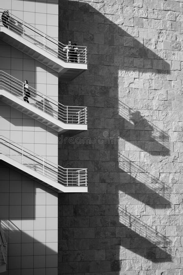 台阶和阴影,格迪中心,洛杉矶 免版税库存照片