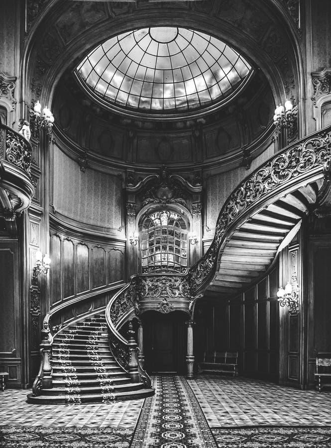 台阶在利沃夫州古老赌博娱乐场 免版税库存照片
