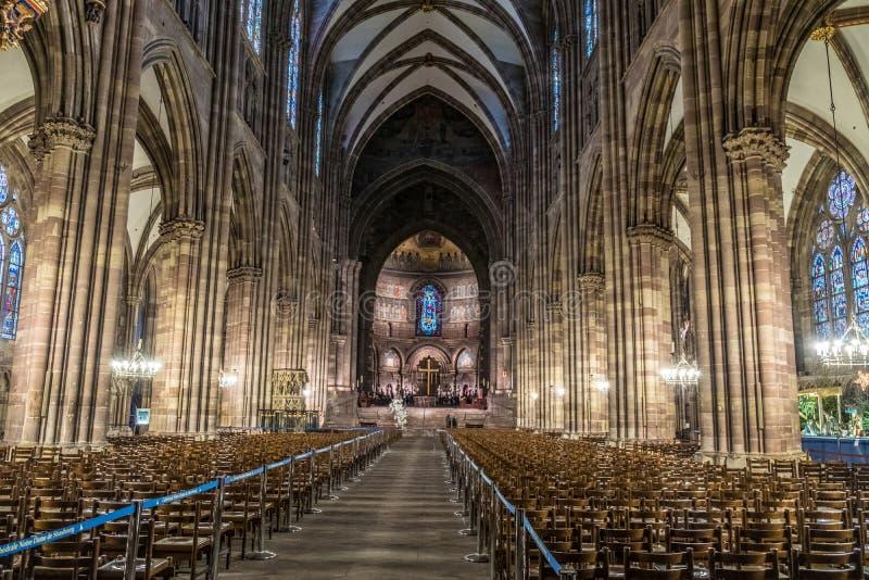 史特拉斯堡,法国- 2017年1月12日-史特拉斯堡里面` s大教堂 免版税库存照片