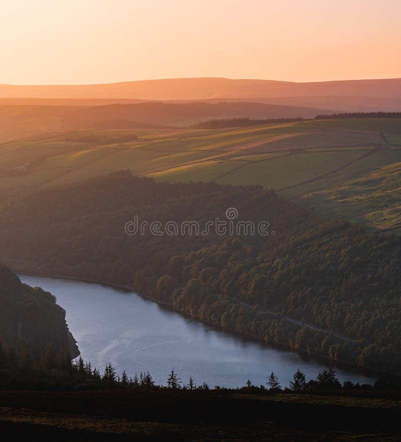 史诗日落的一张美好的鸟瞰图在胜利小山的在高峰区国立公园,夏天2019年 免版税库存图片