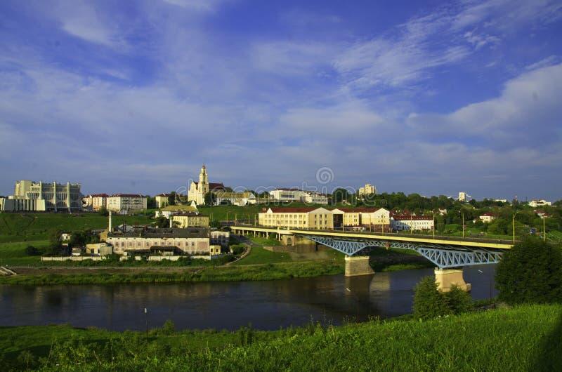 右岸尼曼河,市的看法哥罗德诺,白俄罗斯共和国 图库摄影