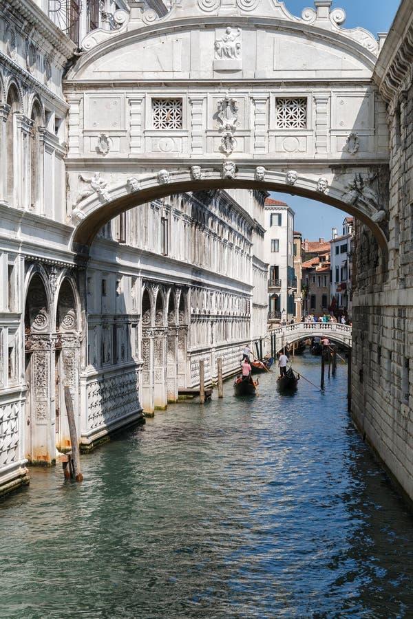 叹气桥梁在威尼斯,意大利 库存照片