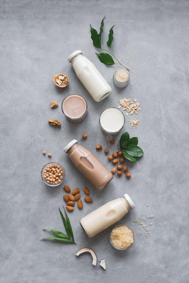各种各样的植物基于牛奶 免版税库存照片