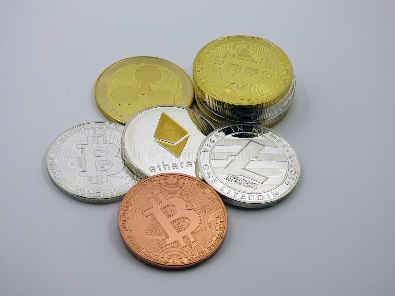 各种各样的真正硬币cryptocurrencies 免版税库存图片