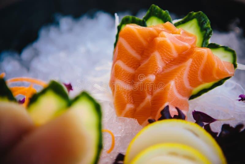 各种各样的种类新鲜的未加工的生鱼片 免版税库存照片