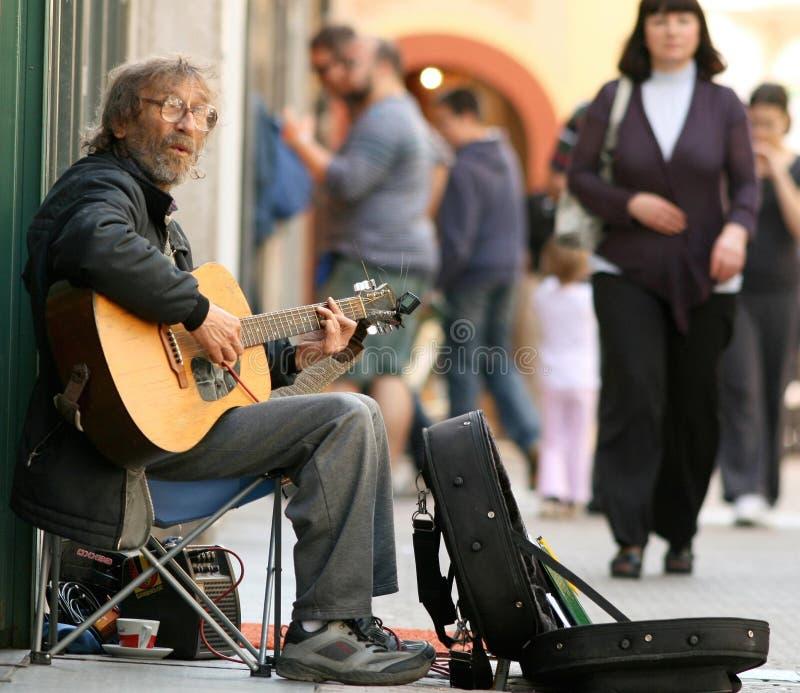 吉他演奏员街道 库存图片