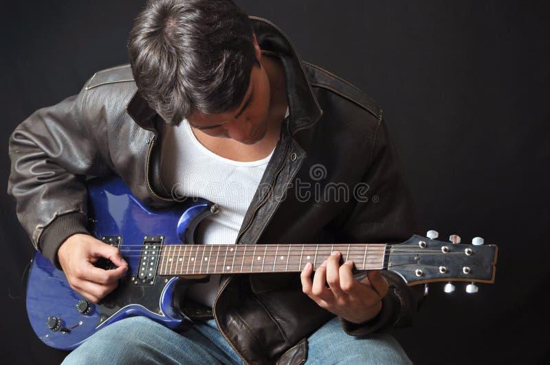 吉他演奏员 图库摄影
