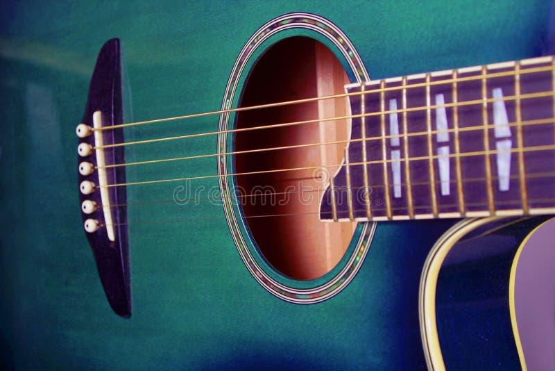 Download 吉他 库存图片. 图片 包括有 作用, 艺术性, 吉他, 音乐, 技艺家, 仪器, 音乐家, 字符串, 音响员 - 58153