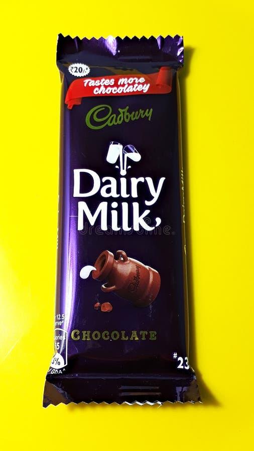 吉百利牛奶店牛奶 免版税库存照片