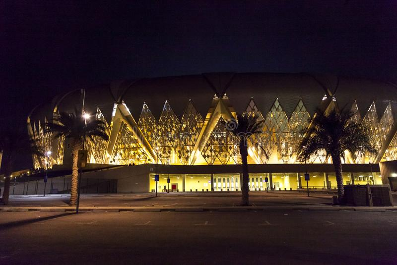 吉达,沙特阿拉伯2018年10月-16,艾伯都拉国王炫耀城市体育场是家庭对沙特阿拉伯的橄榄球 图库摄影
