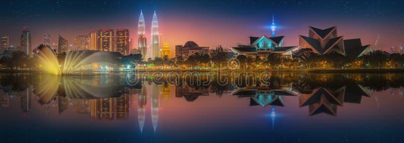 Download 吉隆坡地平线美好的都市风景 库存图片. 图片 包括有 地区, 都市风景, 天空, scape, 公园, 商业 - 62688253