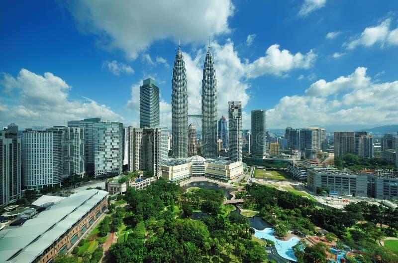 吉隆坡,马来西亚城市地平线。 天然碱双塔。 图库摄影