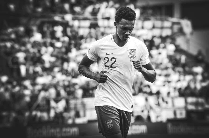 吉马朗伊什,葡萄牙- 2019年6月09日:在UEFA国家同盟决赛期间的特伦特亚历山大阿诺德之间第三名的 免版税图库摄影