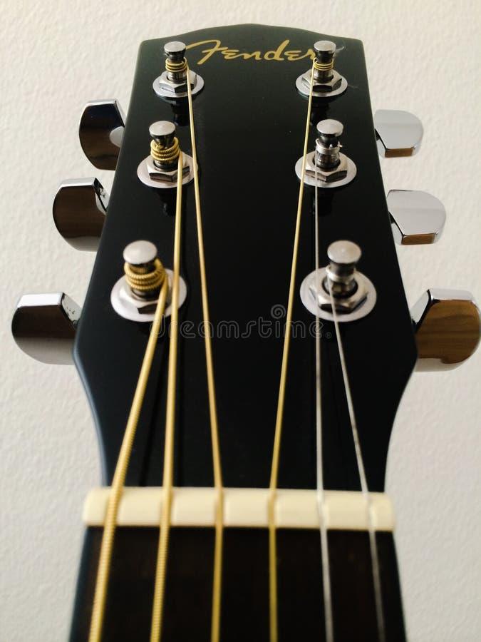 吉他床头柜 免版税库存图片