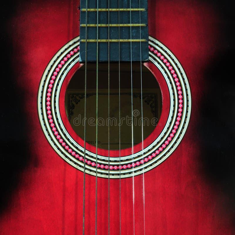 吉他的特写镜头零件有多灰尘的 库存照片