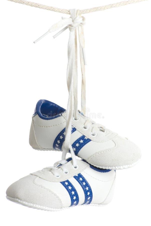 吊婴儿线路赛跑者 库存图片