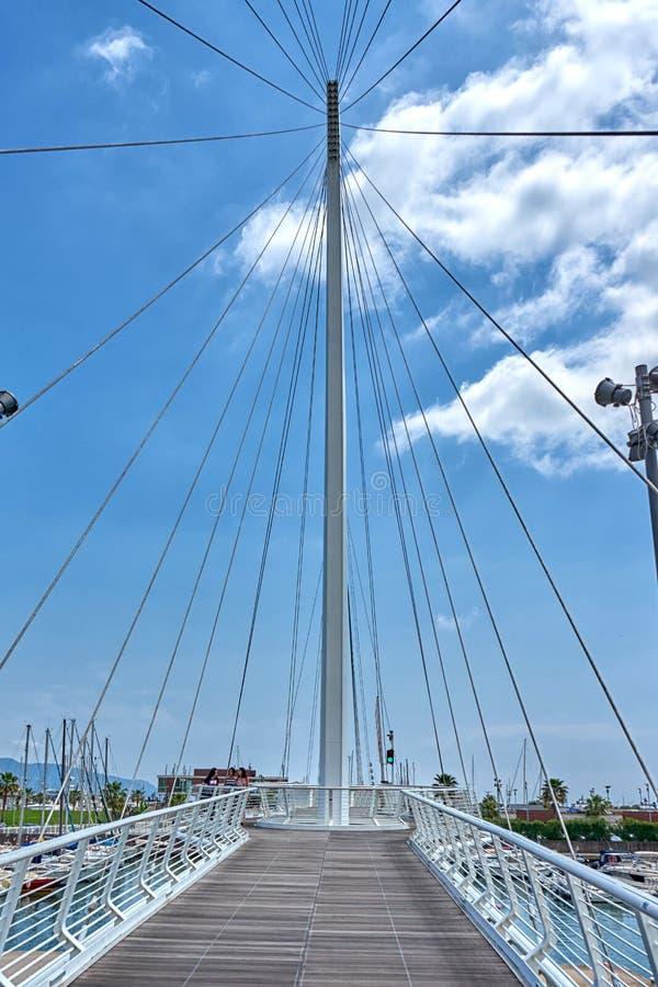 吊桥在拉斯佩齐亚利古里亚意大利港口  库存照片