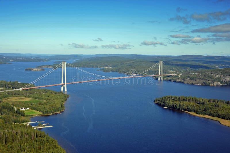 吊桥从上面 库存照片