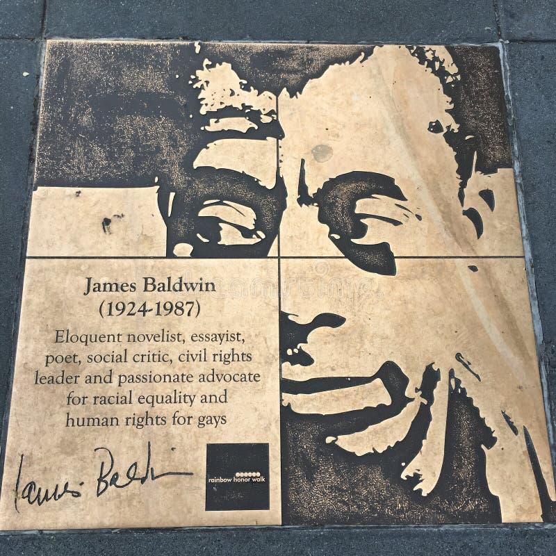 同性恋者步行,彩虹荣誉步行,詹姆斯・鲍德温 免版税库存图片
