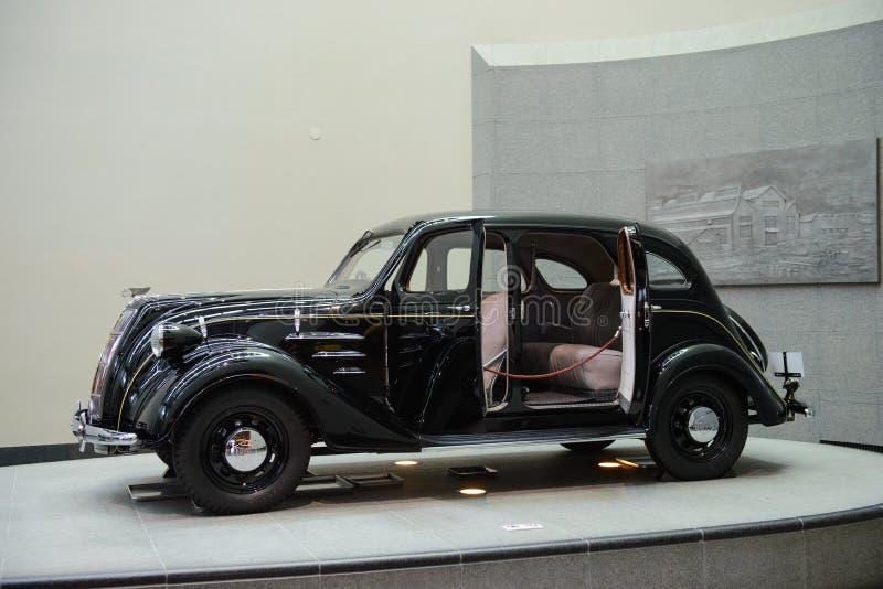 名古屋,日本- 2015年3月29日:丰田塑造AA被显示在丰田汽车博物馆 图库摄影