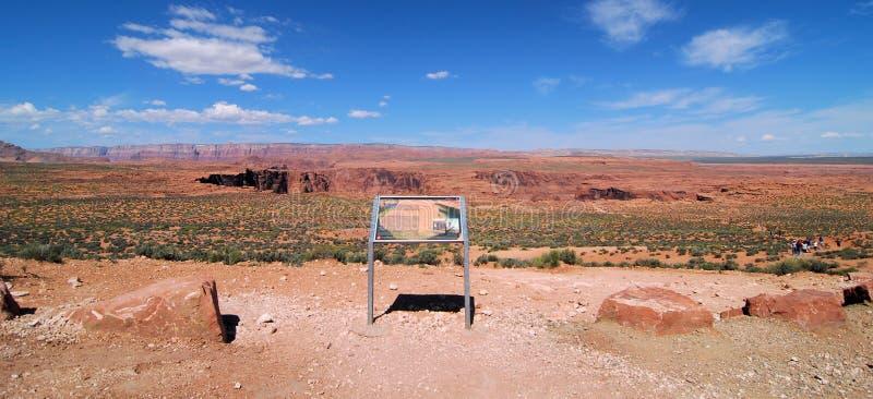 向马掌弯亚利桑那的道路 免版税库存照片